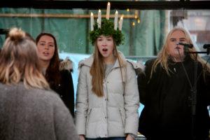 Kröning av Enköpings lucia 2018 Ida Ågren på Stora torget, Enköping.